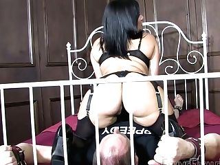 Dirty-minded Bootylicious Master Whore Mistress Real Loves Queening