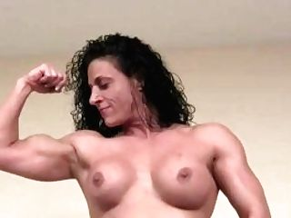 Naked Female Bodybuilder Miss Lisa Posing