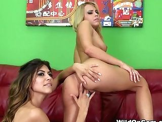 Heather Vahn & Kendall Kayden In Heather And Kendall - Wildoncam