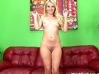 Incredible Superstar Aaliyah Love In Crazy Blonde, Getting Off Hump Clip
