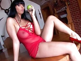 Stunning German Buttfuck Housewife