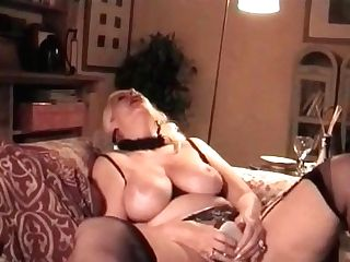 My Cougar Exposed Granny In Stocking Playing With High High-heeled Slippers
