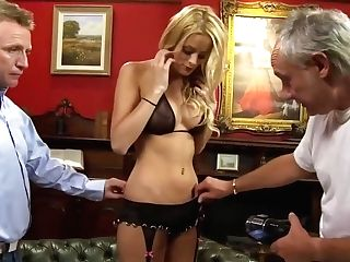 Chloe Is A Excellent Looking, Blonde Woman Who Likes To Let Guys Have Fun With Her Puss