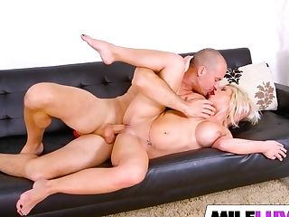 Sexy Cougar Sara St Clair Gets Banged