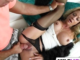 Curvy Mummy Raquel Sultra Gets Drilled