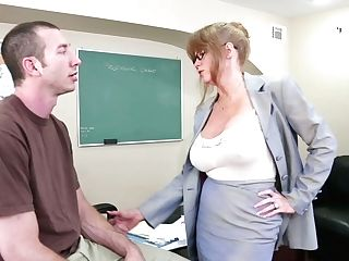 Horny Principal Darla Crane Deep-throats The Student's Dick Deepthroat In The Office