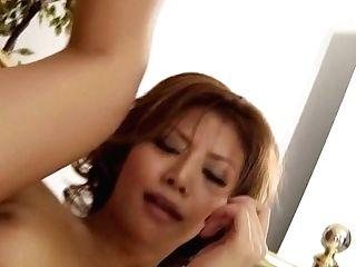 Jaw Pulling Down Japanese Stunner Akane Hotaru Gets Her Beaver Eaten Until She Pisses
