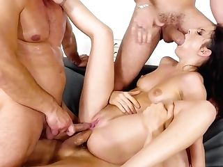 Rebecca Volpetti & Renato & Erik Everhard In Group Discount - Eurosexparties