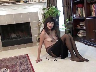 Yankee Cougar Sahara Exposes Her Hard Nips And More