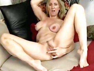 Jenna Covelli